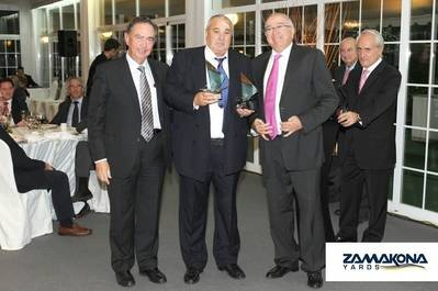 Shipbuilder's award: Photo courtesy of Zamacona