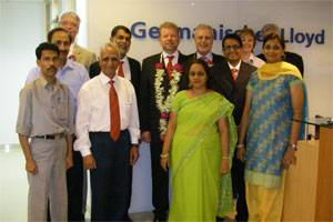 (standing in the third row) Till Braun, Head of Department Sales Projects GL, Mario Fernandes, GL Country Manager India, Dr Hermann J. Klein, Member of the Executive Board Germanischer Lloyd, Dr Volkmar Wasmansdorff, Senior Vice President and Managing Director Region Asia/Pacific GL, Susanne Schreeck, Business Segment Manager GL, Karsten Fach, Head of Competence Centre for Engineering Services GL, together with the GL team Mumbai (front rows).