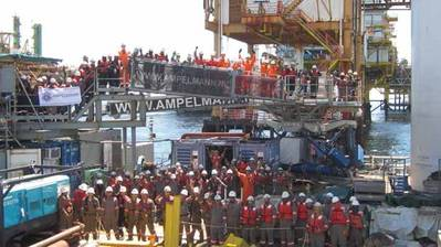 The BSP and Ampelmann crew after the 2 millionth safe transfer (Photo: Ampelmann)