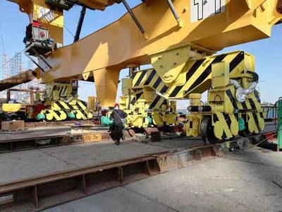 The crane BASIS is installed in the saddle bracket between the sill beam and main equalizer beam. There are four corners for each crane. This photo shows two corners on the waterside; the two corners on the landside are not shown. Photo courtesy Casper, Phillips & Associates Inc. (CPA).