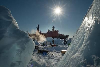 The Kara-Winter-2014 Ice Expedition. (Photo Courtesy Rosneft)