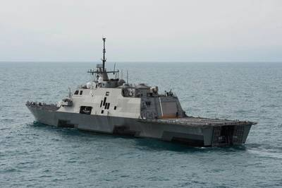 The littoral combat ship USS Fort Worth (LCS 3) operates near the location where the tail of AirAsia Flight QZ8501l was discovered. Fort Worth is currently supporting Indonesian-led efforts to locate the downed aircraft. (U.S. Navy photo by P. Turretto Ramos)