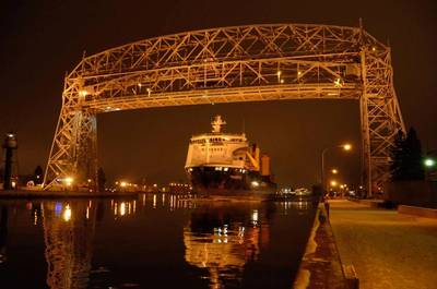 The Palmerton departing beneath Duluth's Aerial Bridge on Dec. 20.  Photo Credit:  Paul Scinocca