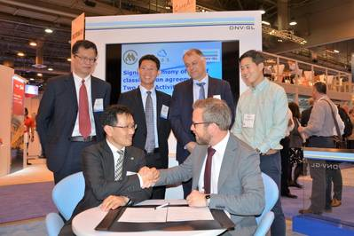 The signing at OTC 2018. Front (L to R): Rulin Yao, General Manager of China Merchants Heavy Industry (Jiangsu); Ernst Meyer, Director of Offshore Classification, DNV GL – Maritime. Back (L to R): Lixin Xu, General Manager, R&D Center at China Merchants Offshore Technology Research Center; Sichuan Wu, China Merchants Industry Holding, Co Ltd.; Cor Selen, CEO co-owner/ founder of OOS Energy; Timothy Tan, General Manager (Asia Pacific) of OOS International. (Photo: DNV GL)
