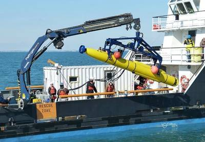 Unmanned Underwater Vehicle (UUV): Photo credit Bluefin Robotics