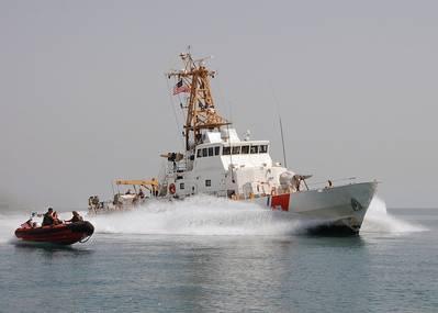 USCGC Aquidneck (Photo: Jason Zalasky / U.S. Coast Guard)