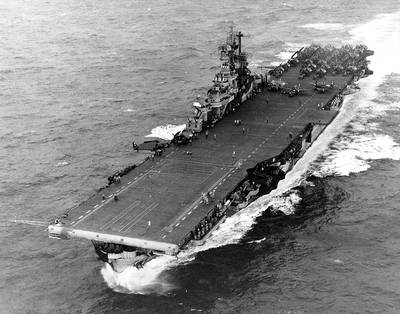 USS Intrepid (CV-11) (U.S. Navy photo)
