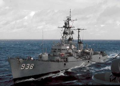 USS Jonas Ingram (DD-938). © Richard Leonhardt (from navsource.org)