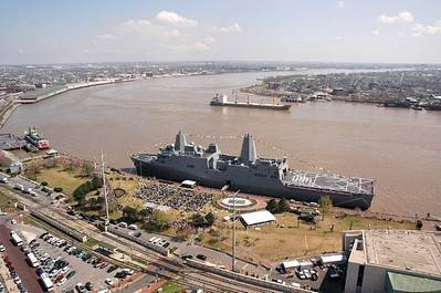 USS New Orleans (LPD-18) on March 10, 2007 (U.S. Navy photo by William Townsend)