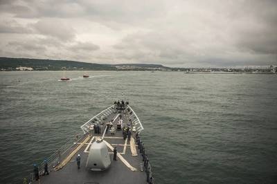 USS Vella Gulf (CG 72) approaches Varna, Bulgaria (U.S. Navy photo by Edward Guttierrez III)