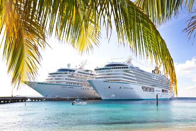 Crystal Cruise ships alongside:Image credit Crystal Cruises