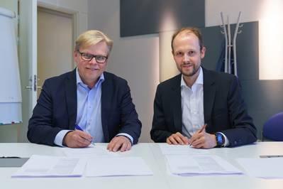 Από αριστερά προς τα δεξιά: Jukka Rantala και Jan Meyer (Εικόνα: CADMATIC)