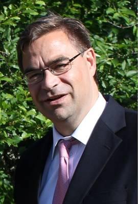 Σχετικά με τον συντάκτη: Ο Peter Svartsjö είναι Διευθυντής Λογαριασμού της ABB LV IEC Motors, υποστηρίζοντας πελάτες της ναυτιλίας. Έχει σχεδόν 26 χρόνια εμπειρίας πωλήσεων και μάρκετινγκ με την ABB. Ο Peter έχει πτυχίο στη Βιομηχανική Διοίκηση από τη Σουηδική Πολυτεχνική στο Vaasa.