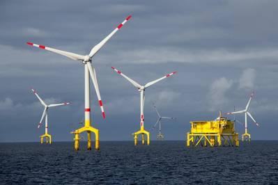 Правительственный аукцион США по аренде трех ветров у побережья штата Массачусетс завершился в пятницу рекордными ставками на общую сумму более 400 миллионов долларов от европейских энергетических гигантов, включая Royal Dutch Shell Plc и Equinor ASA. Фото: © benoitgrasser / AdobeStock