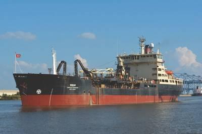 أكملت شركة Marine World of Alabama (WMA) العمل على عقد بقيمة تزيد عن 14 مليون دولار إلى drydock وإصلاح Dredge Wheeler ، وهو نطاط نطاط تملكه وتشغله USACE. (صورة: WMA)
