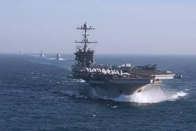 أوس هاري S. ترومان. صور: الولايات المتحدة الأمريكية البحرية
