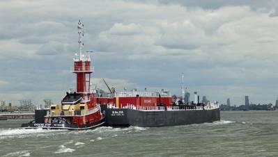 الصورة مجاملة من Tugboat Graffiti