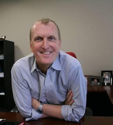 ينضم تيم بروثيرو إلى مكتب فيريتاس ، الذي يقود جهود أمريكا الشمالية.