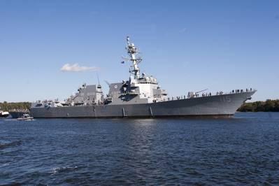 档案照片:阿利·伯克级驱逐舰拉斐尔·佩拉尔塔号(DDG 115),于2017年服役(美国海军照片由通用动力公司,巴斯铁工厂提供)