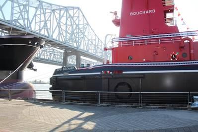 照片由Bouchard Transportation Co.提供
