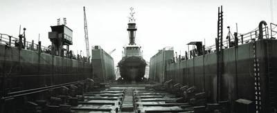 照片由Caddell Dry Dock&Repair Co。提供