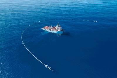 (Foto: a limpeza do oceano)