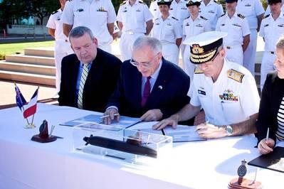 O Contrato de Parceria Estratégica (SPA) do Future Submarine Program é assinado pela Commonwealth of Australia e pelo Naval Group em fevereiro de 2019 (Foto: Naval Group)