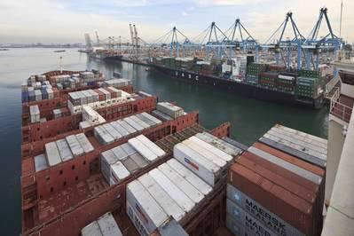 Dateibild (CREDIT: Hafen von Rotterdam / Freek van Arkel)