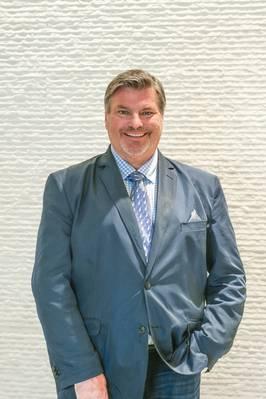 Gene Sanders, Director Ejecutivo, SNAME.