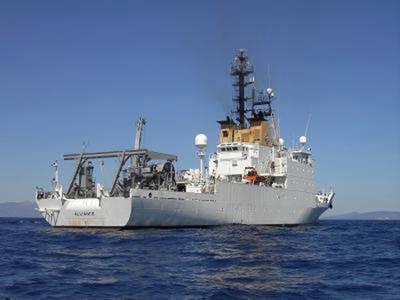 NATOの3,100トン、305フィートの研究船NRV Allianceは、NATO海軍の利益のための水中音響研究の主要なプラットフォームです。写真:NATO CMRE