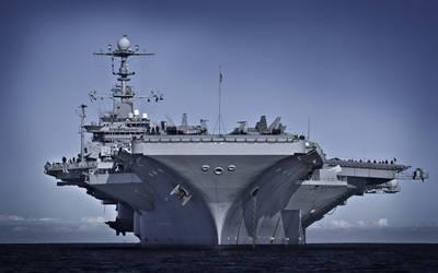 Το NRL εργάζεται επί του παρόντος με τη Διοίκηση Ναυτικών Θαλάσσιων Συστημάτων, τη Διεύθυνση Μηχανικών Ναυτικών Συστημάτων, την Μηχανική Ακεραιότητας και Επιδόσεων Πλοίων (SEA 05P) για τη μετάβαση του νέου συνδυασμού χρωστικών ουσιών σε στρατιωτικές προδιαγραφές. Το πιο πρόσφατο σκάφος που το έλαβε ήταν το USS George Washington (CVN 73). (Εικόνα: Πολεμικό Ναυτικό των ΗΠΑ)