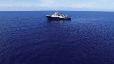 USS इंडियानापोलिस की खोज में समुद्र में Microsoft Cofounder और Philanthropist Paul G. Allen के स्वामित्व वाला R / V पेट्रेल। (फोटो पॉल जी एलन के सौजन्य से)