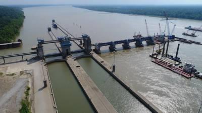 Uma imagem aérea da eclusa de Olmsted e do complexo da barragem. CRÉDITO: USACE