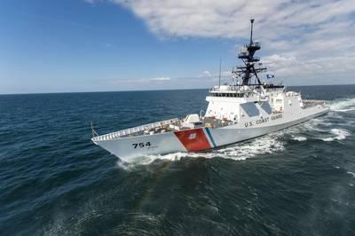 El quinto cortador de seguridad nacional de la Guardia Costera de los EE. UU., Construido en Inglaterra, James (WMSL 754) en las pruebas de construcción de mar en marzo de 2015. (Foto: Lance Davis / HII)