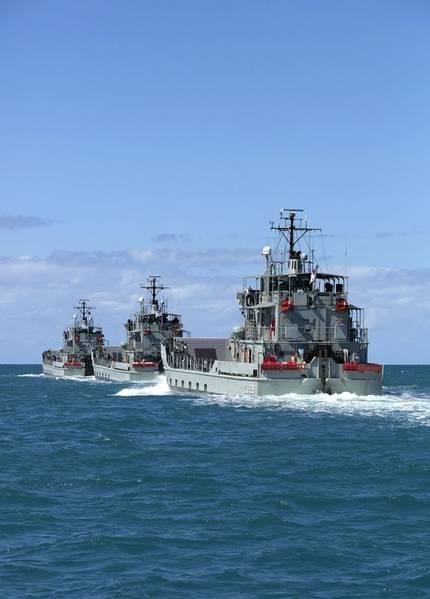 Photo: Tom Gibson, Australian Navy