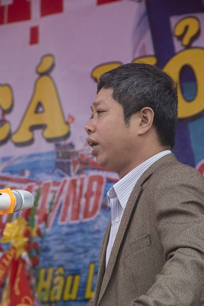 Mr. Nguyen Duc Cuong, a representative of the Fishery Department under the Dept. of Agriculture and Rural Development of Thanhhoa Province, spoke at the ceremony. (Haig-Brown photos courtesy of Cummins Marine)