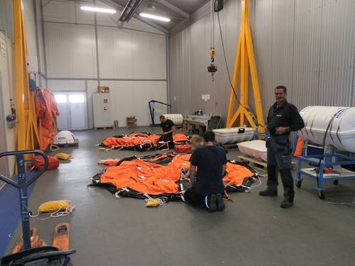 Liferaft Training in Antwerp