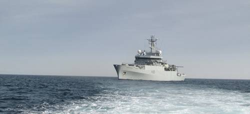 HMS Enterprise helps evacuate British citizens from Libya (U.K. Royal Navy photo)