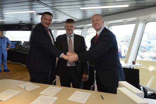 Signing delivery and acceptance protocol for delivery of the vessel to Maersk Supply Service. From left to right: Remko Bouma (Sales Manager, Damen Shipyards Gorinchem), Peter Kragh Jacobsen (Newbuilding Director, Maersk Supply Service), Christopher E. van der Stelt (Managing Director of Damen Shipyards Galati). Photo: Damen