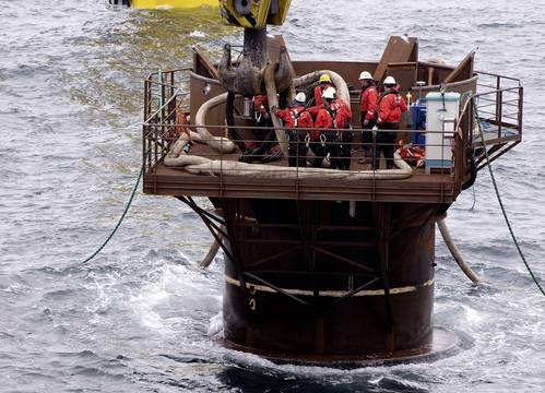 As the fitters start doing their work, the pilings' size becomes visible: there's space for six people working side by side (pictured). An on-site jack-up platform serves as the crews' quarters so that they do not have to travel back to the mainland each day. This saves a great deal of time, since the platform is located 85 kilometers from the German coast. The time needed for this journey is around two hours by helicopter and 16 hours by ship.