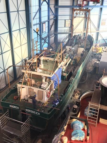 NOR 204 with cut Shell plating in the shipbuilding hall of Shipyard Kooiman (Photo: Kooiman)
