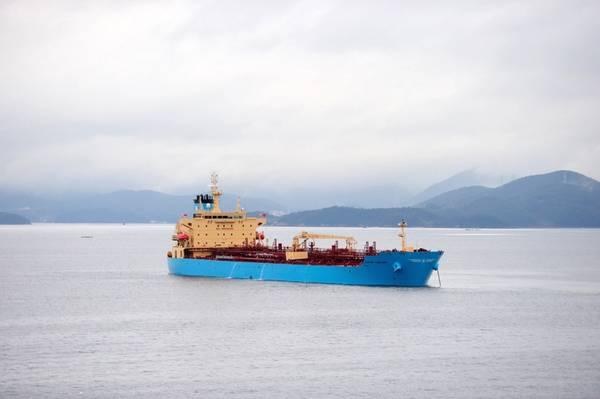 Εικόνα Αρχείου: Ένα τυπικό Maersk boxship σε εξέλιξη (CREDIT: Maersk)