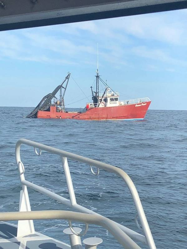 Фото береговой охраны США от старшего офицера 3-го класса Брента Тилли