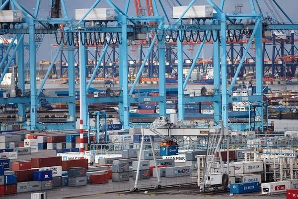 صور: ميناء سلطة روتردام