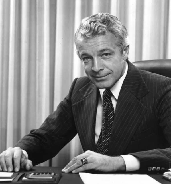 エドウィンW.ステファン、創設者、長年の社長、ロイヤルカリビアンクルーズラインの取締役副会長。写真:ロイヤルカリビアンクルーズライン
