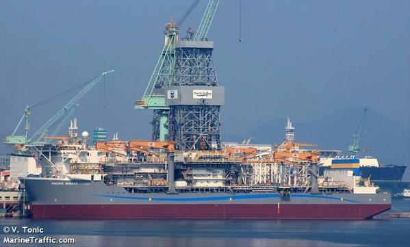 パシフィックシャラブ-V. TONICによる画像-海上交通