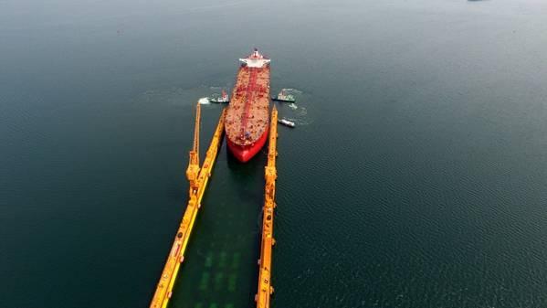 图片:北欧美国油轮