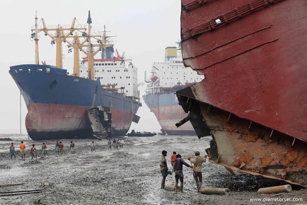 照片:非政府组织拆船平台