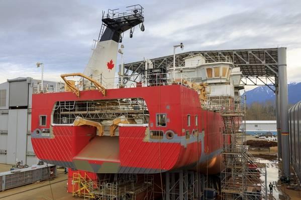 (Foto del archivo: Heath Moffat Photography, Seaspan Vancouver Shipyards)