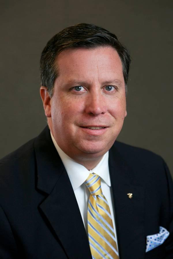 ABS全球离岸业务高级副总裁Matt Tremblay